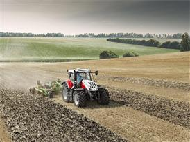 Steyr 6300 Terrus CVT with cultivator