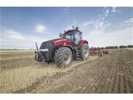 Magnum 370 CVX undertaking cultivation activities