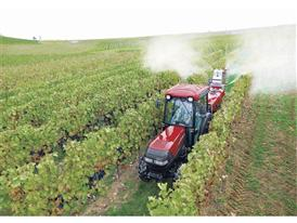 Quantum V in the vineyard conducting spraying operations