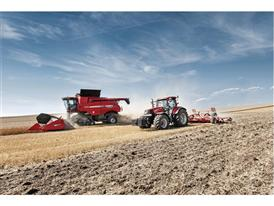Case IH Axial Flow 7230 together with a Puma CVX conducting cultivation