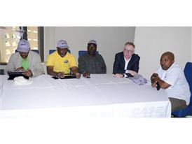 The Entreposto Comercial de Moçambique and Case IH teams