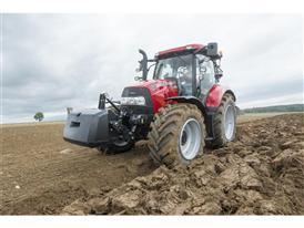 Maxxum CVX 130 ploughing