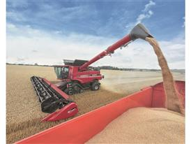 Varicut header with the Axial Flow combine unloading