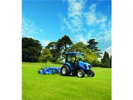 New Holland Boomer™ 54D EasyDrive mowing