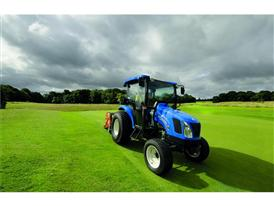 New Holland Boomer™ 54D EasyDrive aerating
