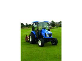 New Holland Boomer™ 45D rolling
