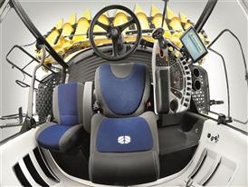 New Holland CX8.80 Elevation Combine Harvest Suite™ Ultra Cab