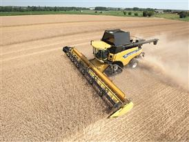 New Holland CR 9090 Combine Harvester in the Field