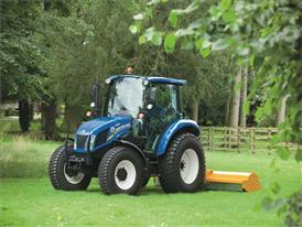 Upgraded T4.75 PowerStar™ mowing fitted with turf tyres