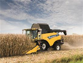 New Holland New CR8.80 Combine harvesting maize