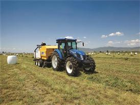 Upgraded TD5.115 working with a combination baler wrapper