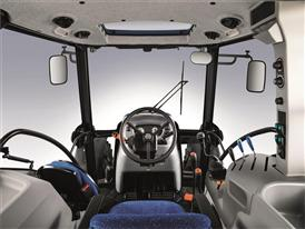 Upgraded TD5.95 on the cab offers outstanding visibility