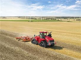 Quadtrac 620 cultivating using precision farming technology