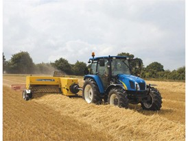 BC5000 conventional baler in straw