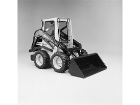 New Holland produces its first Skid Steer Loader in 1972