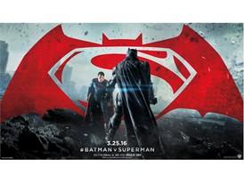 WB Batman v Superman Standoff