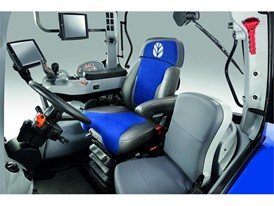 The Horizon™ Cab of the T6 Tier 4B Auto Command™
