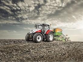 Steyr 6145 Profi tractor seeding