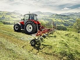 Steyr 4120 Multi Tractor tedding