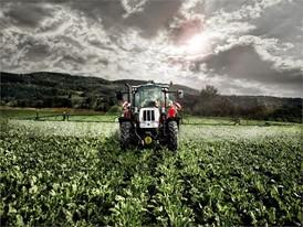 Steyr Multi Tractor spraying