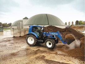New Holland Agriculture T6.140 Methane Power Tractor at Work