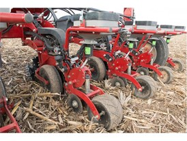 The new 2000 series Early Riser® planter cast iron row unit stands up to high speeds and tough conditions