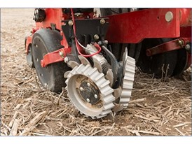 Building on the existing Precision Planting® partnership, the new 2000 series Early Riser®