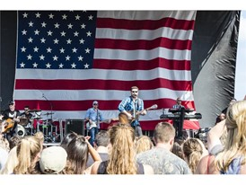 """""""Labor of Love Music Festival"""" Headlined by Country Star Chris Young Raises Money and Awareness for Team Rubicon"""