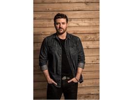 Headliner and award winning country music star Chris Young