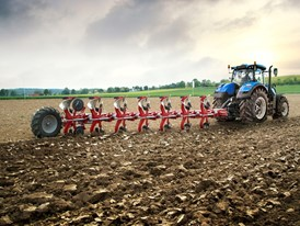 New Holland T7.315 tractor and Kongskilde seven furrow semi-mounted plough