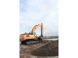 CASE CX350D Excavator Provides Speed, Fuel Efficiency and Power for Family-Owned Business in Ontario