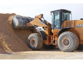 The larger 921F has made it easier for Augusta Ready Mix to stockpile in its material yard