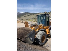 CASE 621F and 721F Wheel Loaders Named 2016 Asphalt Contractor Top 30 Editor's Choice Awards Winners