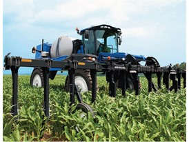 New Holland's Guardian™ Injection Toolbar Feeds Corn When and Where It is Needed Most