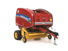 Roll-Belt™ 450 Silage Special Round Baler – a best-in-class hay baler