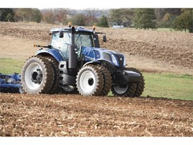 New Holland Introduces a New, Modern GENESIS™ Tractor