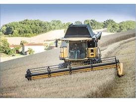 New Holland CX/CR Combines with the Everest Leveling System
