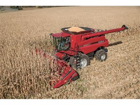 Case IH Axial-Flow 7240 Combine & 4412 Folding Corn Head