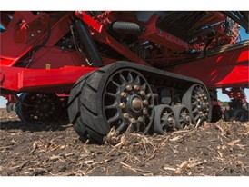 The 2017 AE50-award-winning Rowtrac™ Carrier System for the new 2160 Early Riser® planter