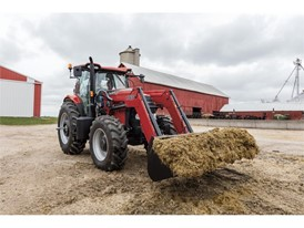 Case IH Puma 165 carrying out loader work