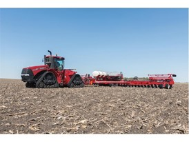 Steiger 500 and Early Riser Planter