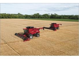 Axial-Flow 6140 harvesting grain