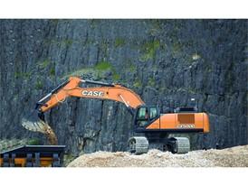 The CASE CX500D crawler excavator at work