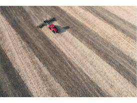 New Quadtrac CVX performing cultivation tasks