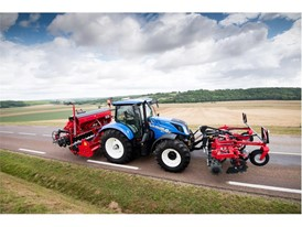New Holland Agriculture T6 Dynamic Command. A New Transmission of Power