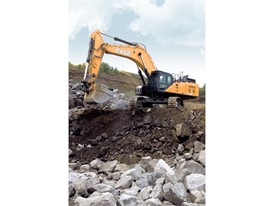 CASE Construction CX750D Excavator