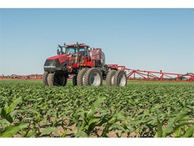 The Trident™ 5550 liquid/dry combination applicator is the first applicator featuring factory-available duals