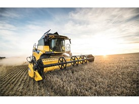 New Holland CX6 80 Tier4B Combine Harvester