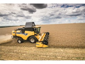 New Holland CX6 80 Tier4B Combine