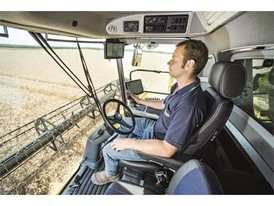 A functional new colour scheme inside the machine and on the upper part of the combine for better visibility